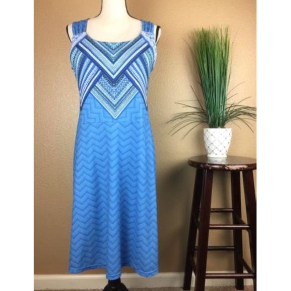 b91a1e28cca Prana Active Dress Sleeveless Blue Print. M 5a68328c31a376bdfea3303c